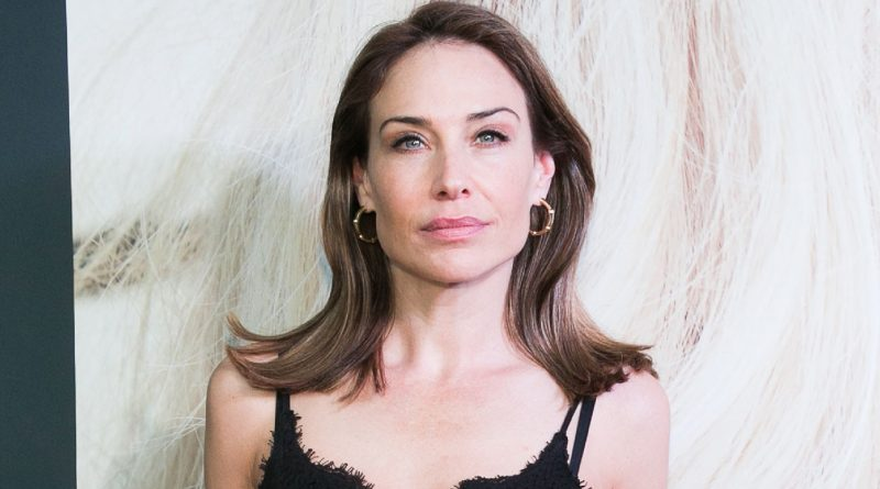 Claire Forlani Bikini Body Height Weight Nationality Net Worth