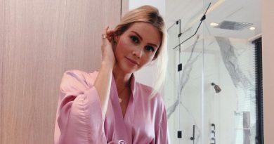 Claire Holt Bikini Body Height Weight Nationality Net Worth