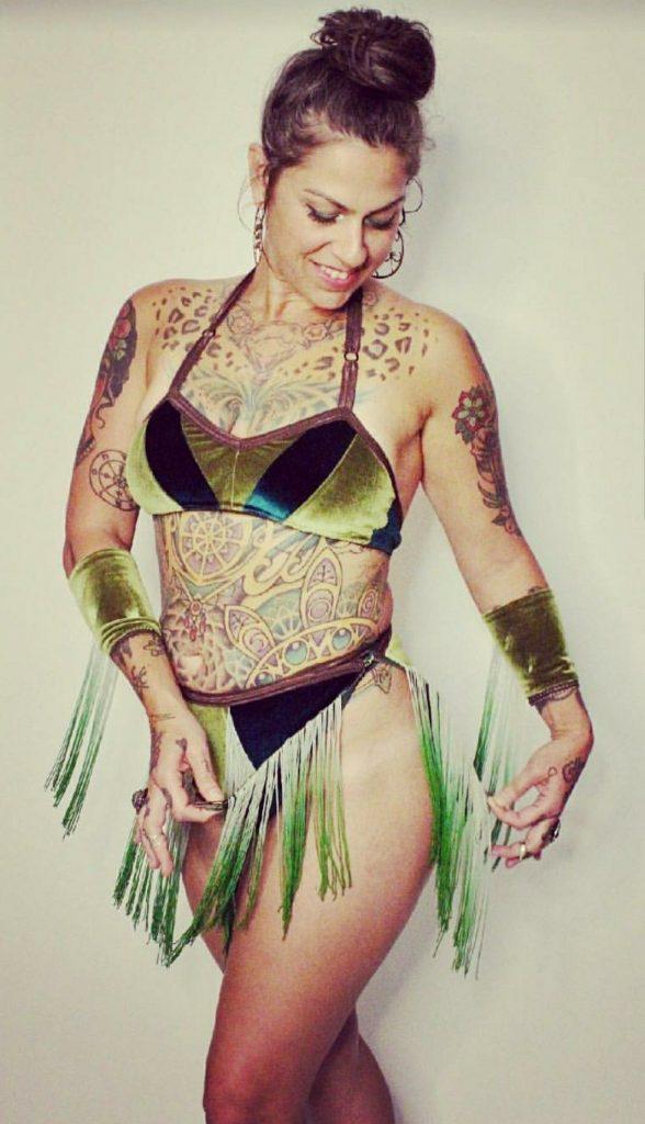 Danielle Colby Cushman Bikini Photo