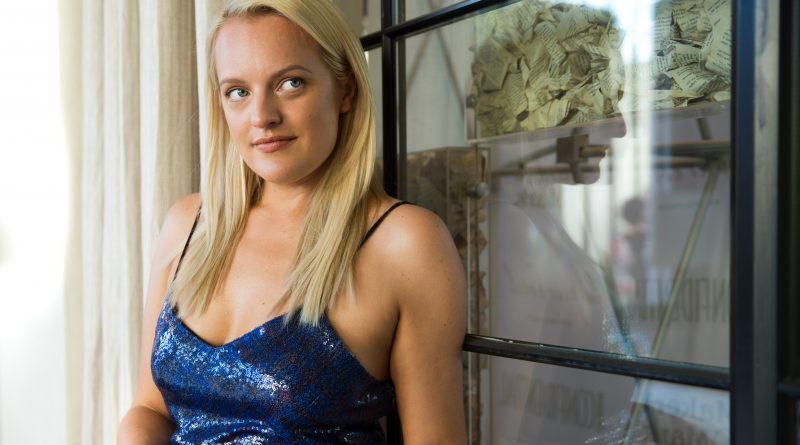 Elisabeth Moss Bikini Body Height Weight Nationality Net Worth