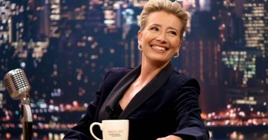Emma Thompson Bikini Body Height Weight Nationality Net Worth