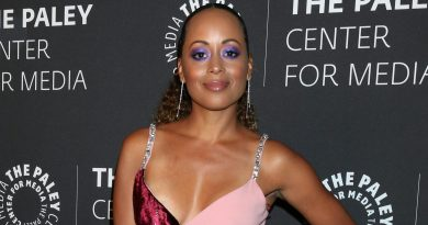 Essence Atkins Bikini Body Height Weight Nationality Net Worth