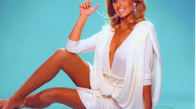 Heather Thomas Bikini Body Height Weight Nationality Net Worth