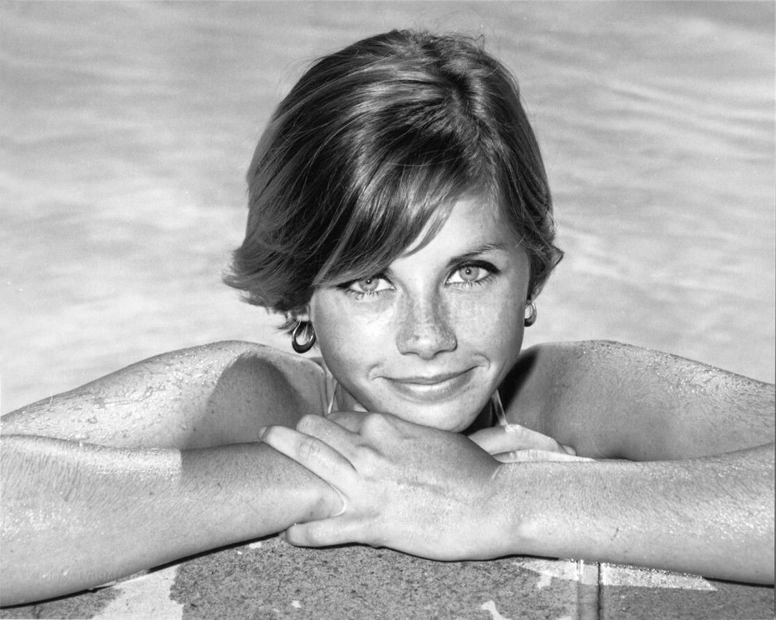 Jan Smithers in Bikini - Body, Height, Weight, Nationality, Net Worth, and  More - Celebs in Bikinis
