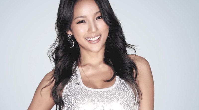 Lee Hyori Bikini Body Height Weight Nationality Net Worth
