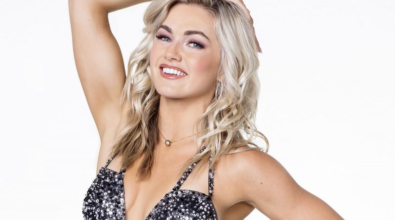 Lindsay Arnold Bikini Body Height Weight Nationality Net Worth