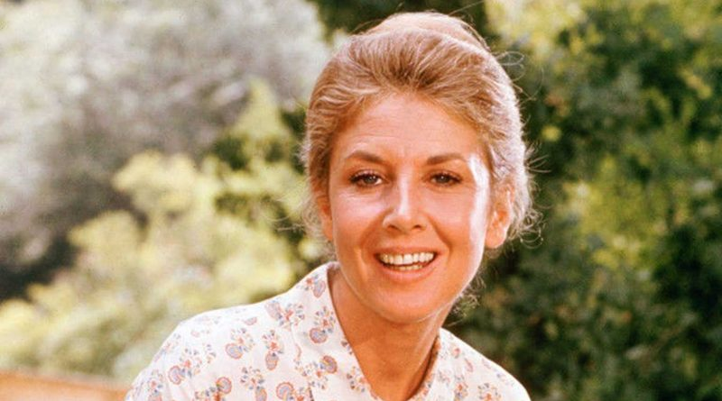 Michael Learned Bikini Body Height Weight Nationality Net Worth