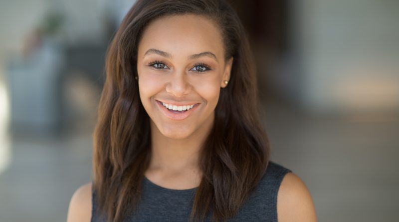 Nia Sioux Bikini Body Height Weight Nationality Net Worth