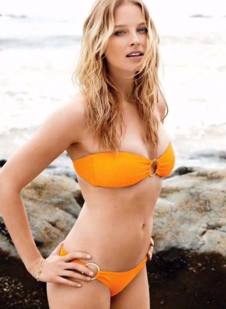 Rachel Nichols Bikini Photo