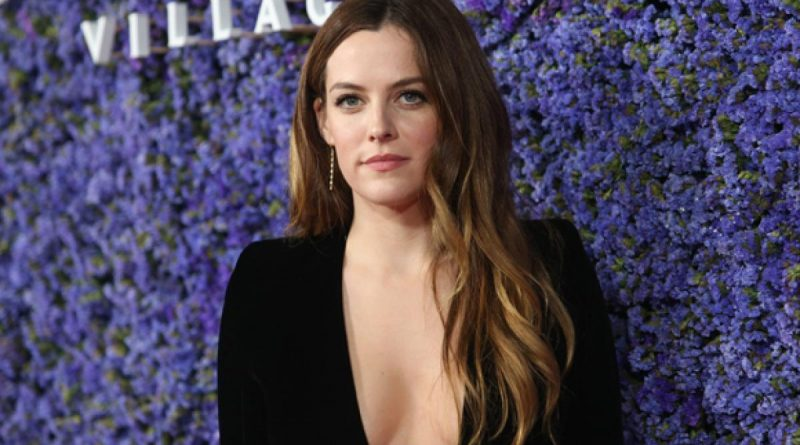 Riley Keough Bikini Body Height Weight Nationality Net Worth
