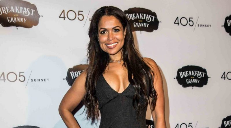 Tracey Edmonds Bikini Body Height Weight Nationality Net Worth