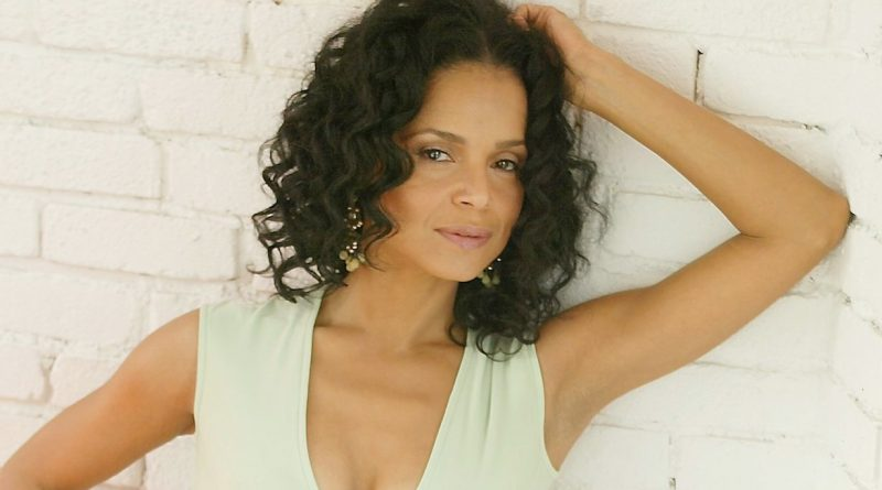 Victoria Rowell Bikini Body Height Weight Nationality Net Worth