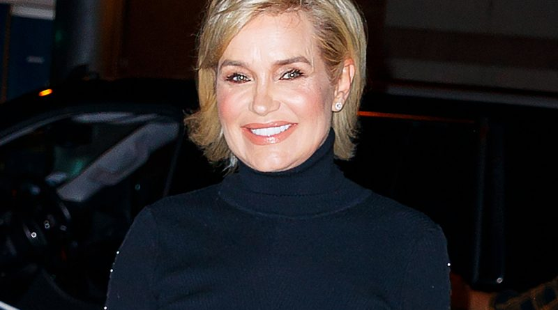 Yolanda Foster Bikini Body Height Weight Nationality Net Worth