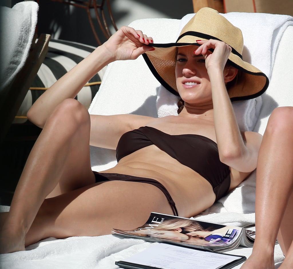 Allison Williams Bikini Photo