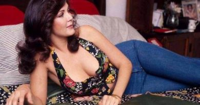 Lynda Carter Bikini Body Height Weight Nationality Net Worth