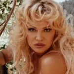 Pamela Anderson Bikini Body Height Weight Nationality Net Worth