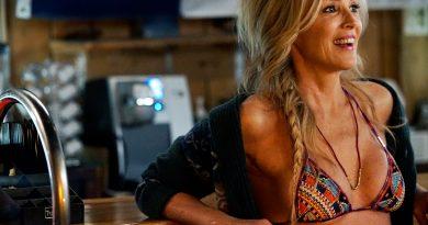 Sharon Stone Bikini Body Height Weight Nationality Net Worth