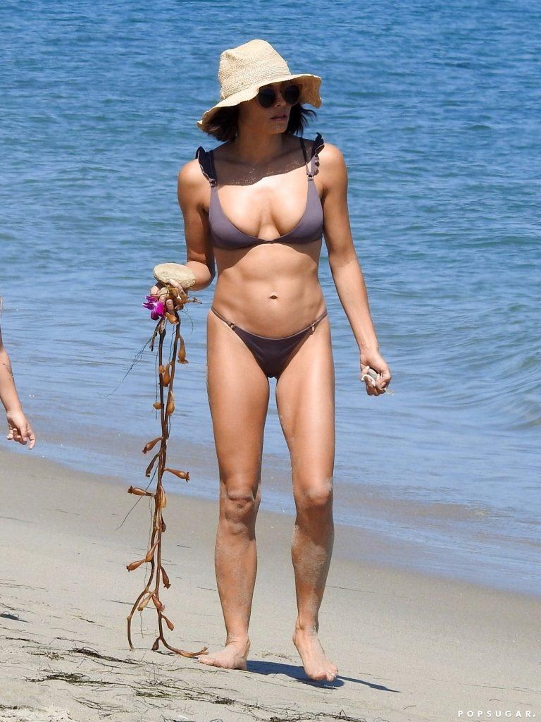 Jenna Dewan Bikini Photo